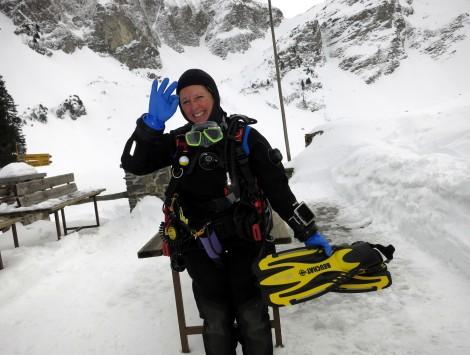 happy ice diver Lioson Switzerland