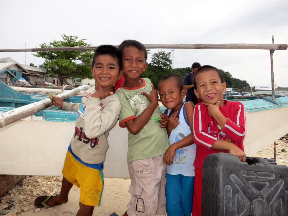 Smiling kids Malapascua Philippines