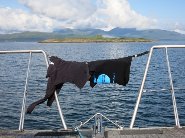 Not so easy to dry your undergarments between 2 dives in Scotland, better to have a well fitted drysuit that won't leak!