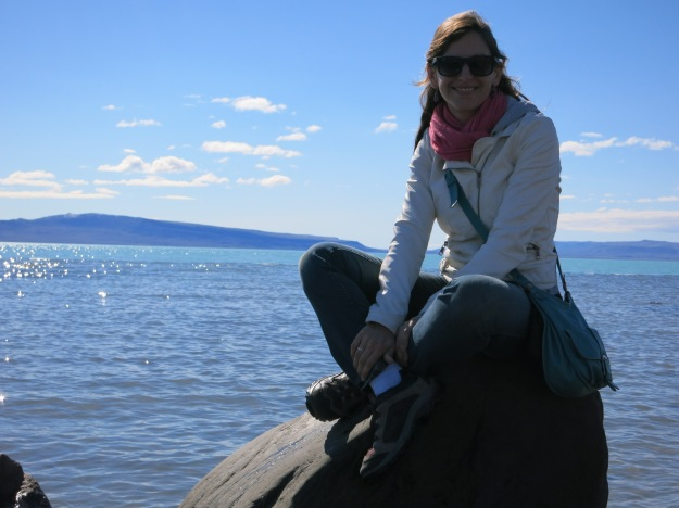 Peaceful in Argentina, my small bag over my shoulder helps me to keep control of my belongings