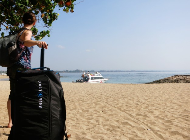 fast boat from Sanur Beach to Nusa Lembongan Bali