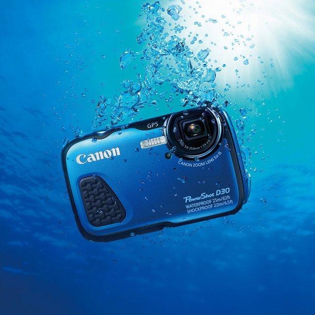 Canon D30 underwater camera