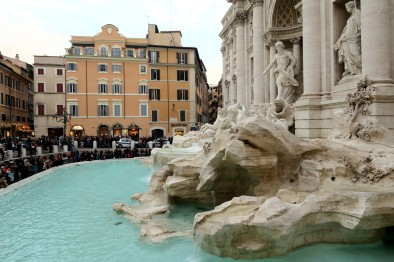 Fountain of Trevi - Walking tour in Rome in December