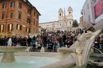 Spanish Steps - Walking tour in Rome in December