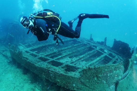 wreck diving Le Tromblon Toulon France