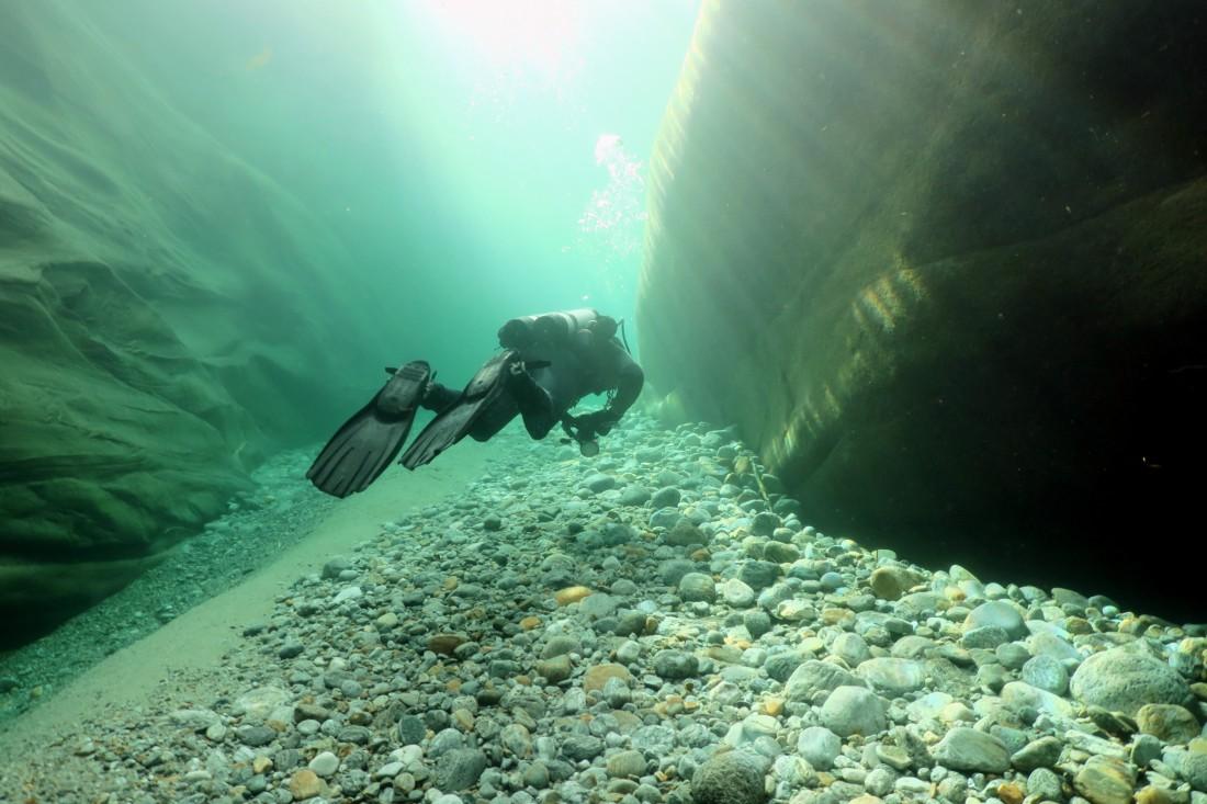 Pozzo dei Salti Scuba diving in Verzasca River Switzerland