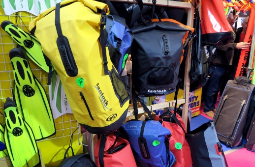 Scuba diving bags Paris Dive Show